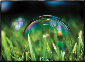 Indestructible Shiny Bubble, plakat fra Inda Art med den uovervindelige sæbeboble